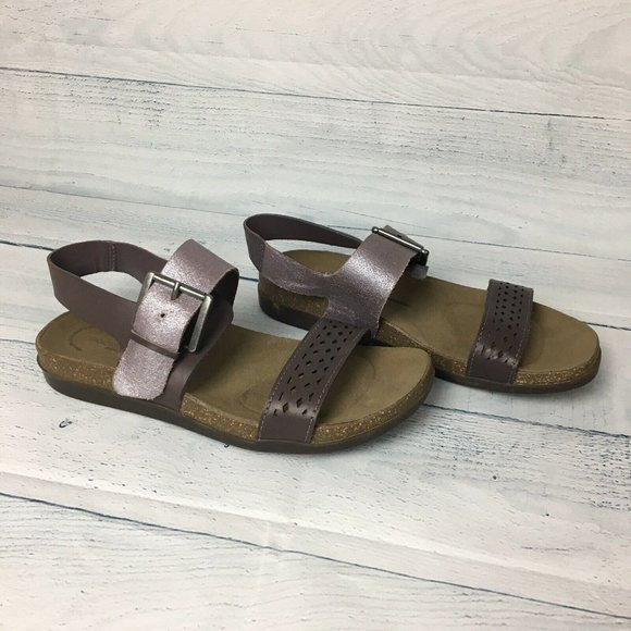 Rockport Total Motion Romilly Buckle Sandal Purple